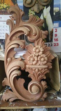 Wood Carving Designs, Wood Carving Tools, Wood Carving Patterns, Wooden Roses, 3d Printer Designs, Wooden Door Design, Art Carved, Dremel, Diy Woodworking