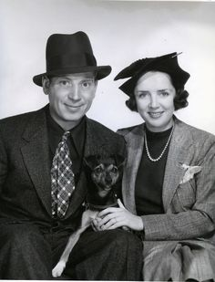 """Adolph """"Harpo"""" Marx and wife Susan Fleming (m.1936-1964; his death) The couple adopted four children: Bill, Alex, Jimmy, and Minnie."""