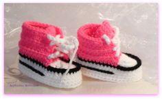 Sneakers in neonpink, gehäkelt, crochet converse