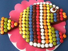 Tarta de cumpleaños pez ...con Lacasitos An easy FISH cake for TJ!