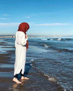 Modern Hijab Fashion, Muslim Women Fashion, Hijab Fashion Inspiration, Stylish Hijab, Hijab Chic, Arab Girls Hijab, Muslim Girls, Hijabi Girl, Girl Hijab