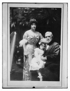 Nellie Melba, her father David Mitchell, and her niece Nellie Patterson. Source: Library of Congress
