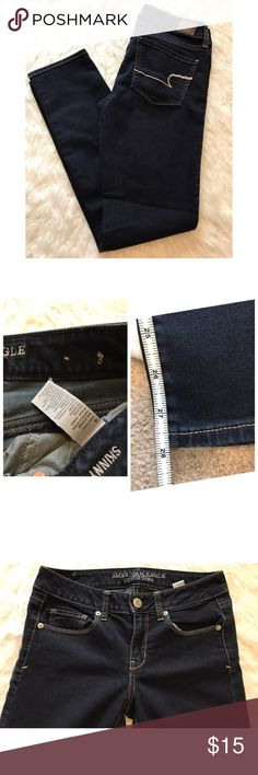 American Eagle Jeans • 4 • Skinny Jeans -Bundle & save!!  -Check out my other listings for more great deals!  -NO TRADES OR HOLDS -I try my best to do next day shipping  ❌❌❌PLEASE DO NOT BUNDLE ANY OF THE LOTS TOGETHER, the shipping weight will be over the limit and I will cancel your order. If you have any questions  - please ask!  ❌❌❌ American Eagle Outfitters Jeans Skinny