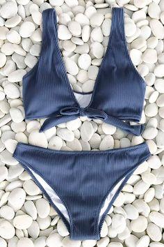 Trendy Beachwear for the Summer Cupshe Deep Love Solid Bikini Set 2 Piece Swimsuits, Cute Swimsuits, One Piece Swimwear, Women Swimsuits, Fashion Swimsuits, Bikini Fashion, Vintage Swimsuits, Blue Bikini Set, Bikini Sets