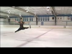 Watch and learn how to do the split ice skating jump, step by step, from our expert in this free skating video on doing advanced ice skating jumping. Ice Skating Jumps, Figure Skating Jumps, Ice Skating Videos, Figure Skating Dresses, Roller Skating, Olympic Gymnastics, Olympic Sports, Skate Man, Medvedeva