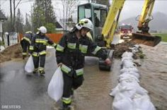 """2014-05-17 Vatican Radio Massive flooding hit Serbia and Bosnia this week, leaving at least 20 dead and forcing more than 16,000 to evacuate their homes in what the Serbian Prime minister has labeled """"the worst natural disaster"""" to ever strike the nation. More casualties are expected in the coming days once the water recedes. Experts, however, are bracing themselves for another surge from the Sava river on Monday. Authorities estimate that close to 1 billion dollars' worth ..."""