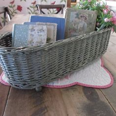 """21"""" Chippy Green Paint & Ball Feet Antique Basket ~ Farmhouse or Cottage #Country #handmade Old Wicker, Wicker Baskets, Primitive Country, Country Decor, Crock, Farmhouse, Cottage, Decorating, Antiques"""