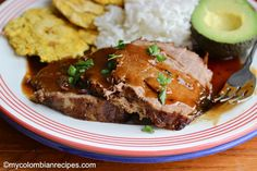 Posta Negra is another traditional and delicious Colombian dish from the Atlantic Coast of the country. It contains beef, cooked in a dark sauce made with Cola, Colombian Dishes, My Colombian Recipes, Colombian Food, Good Healthy Recipes, Meatloaf, A Food, Food Processor Recipes, Main Dishes, Beef