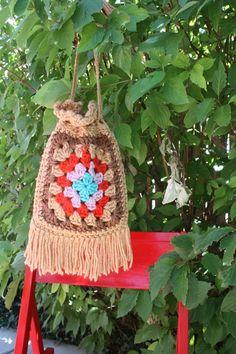 Granny Square Purse Bag Crochet Vintage Retro 1970s by retromomo,