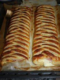 My sweet and savory recipes: braids of ham and cheese puff pastry Bakery Recipes, Kitchen Recipes, Cooking Recipes, Good Food, Yummy Food, Puff Pastry Recipes, Empanadas, Football Food, Cooking Time