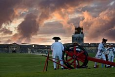 There is absolutely nothing in Old San Juan that will interest history buffs…