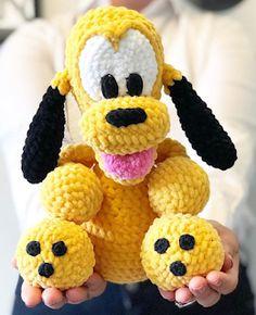 Minion Crochet Patterns, Baby Knitting Patterns, Dog Pattern, Free Pattern, Pluto Disney, Crocheted Jellyfish, Boho Diy, Learn To Crochet, Stuffed Toys Patterns