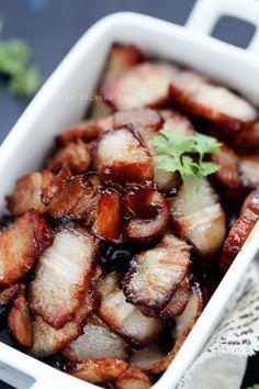 Honey roasted pork belly use gluten free hoisin and soy sauce. Pork Recipes, Asian Recipes, Cooking Recipes, Asian Pork Belly Recipes, Korean Pork Belly, Recipies, Hawaiian Recipes, Asian Foods, Cooking Wine