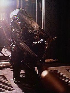 36 amazing 'Alien' behind-the-scenes photos.