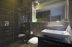 Gorgeous tiles in the bathroom!