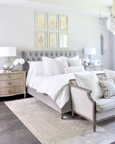 So excited for the weekend! I hope you have a wonderful one!!! My Master Bedroom Update post is on Decor Gold Designs.... if you haven't stopped by yet, I'd love for you to do so! Link through here ➡️ @decorgold http://liketk.it/2rITx @liketoknow.it #liketkit #LTKhome