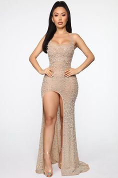 If you haven't checked out our luxe dresses, you're not. Fashion Nova has long dresses for women going somewhere special at a price you can always afford. Dark Purple Prom Dresses, Pretty Prom Dresses, Sexy Dresses, Cute Dresses, Beautiful Dresses, Formal Dresses, Party Dresses, Nude Prom Dresses, Nude Dress