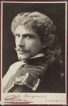 """Photographer: Napoleon Sarony Feature: Theatrical Portraiture and the Pathognomy of Performance """"Barry"""" was the great romantic leading man of the on the American stage. Drew Barrymore, Barrymore Family, Fine Art Photo, Photo Art, New Fine Arts, Sandy Cheeks, Broadway, Today In History, Great Pictures"""
