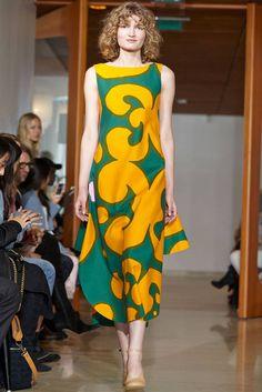 Marimekko Spring/Summer 2017 collection at Paris Fashion week London Fashion Weeks, Fashion Week Paris, I Love Fashion, Fashion News, Fashion Show, Dress Me Up, I Dress, Marimekko Dress, Vintage Mode