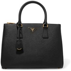 Prada Galleria large textured-leather tote (€2.230) ❤ liked on Polyvore featuring bags, handbags, tote bags, black, prada tote, structured tote handbag, prada purses, top handle purse and tote bag purse