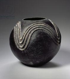 Title     Zulu Ukhamba (clay) Creator     Mcube, Azdina (20th century) Nationality     South African