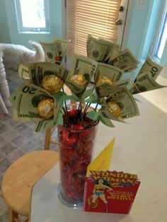 A wife asked for money on valentine's day. Her husband gave her this. Money Bouquet, Gift Bouquet, Homemade Gifts, Diy Gifts, Creative Money Gifts, Money Gifting, Gift Money, Money Lei, Money Origami