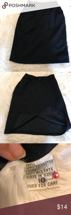 """Deep Navy Blue Fully Lined Pencil Skirt Size 10 💙Brand Name Has Been Removed From This Skirt 💙Gently Used 💙Pencil Skirt  💙Fully Lined 💙Color Looks Deep Navy Blue Almost Black 💙Button And Zipper In Back  💙Reference Photographs Approximate Measurements Waist 13 1/2 - 14"""" Length 25"""" 💙Shell 100% Polyester Lining 100% Acetate 💛The Accuracy If My Descriptions Are Important To Me. If You Have Any Questions Or Need Additional Photographs, Please Ask. 🚫Trades Skirts Pencil"""