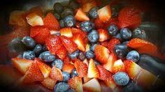 Blueberry-Strawberry Crisp For One Strawberry Crisp, Food Plating, Fruit Salad, Blueberry, Plates, Recipes, Licence Plates, Plate, Griddles
