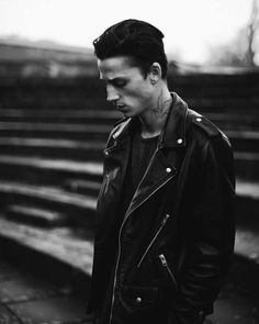 Ash Stymest 2020 Male ModelsYou can find Ash stymest and more on our website. 1950s Jacket Mens, Cargo Jacket Mens, Green Cargo Jacket, Grey Bomber Jacket, Ash Stymest, Männermodels Tattoo, Khaki Parka, Fall Jackets, Men's Jackets
