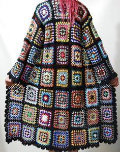 Reserved for Diane // CROCHET Granny Square Jacket por cruxandcrow
