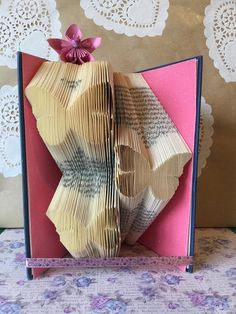 Book folding pattern for 3 butterflies + FREE TUTORIAL