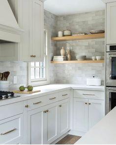 Timeless Kitchen Renovation – Home Bunch Interior Design Ideas - Küche New Kitchen, Kitchen Dining, Small Cottage Kitchen, Kitchen Ideas, Kitchen Decor Items, Kitchen Planning, Happy Kitchen, Cheap Kitchen, Wooden Kitchen