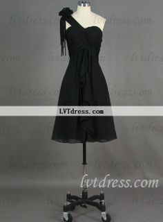 This is a graceful cheap little black dress. One-shoulder neckline with a wrinkled flower on the shoulder adds a little sweet chic sense. The design on the back can show your sexiness. This little black dress is also suitable to other occasions.
