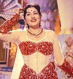 Golden Bollywood — milk-honey-tea: Madhubala in Jwala Indian Actress Hot Pics, Indian Bollywood Actress, Beautiful Bollywood Actress, Most Beautiful Indian Actress, Bollywood Actors, Beautiful Actresses, Indian Actresses, Bollywood Pictures, Thing 1