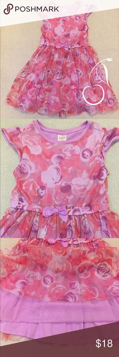 🎈$5 if bundled 3🎈Gymboree Pretty Pink Dress Skirt has a double layer of mesh which gives it great movement. Varying shades of pink and purple roses. Cap sleeves. A line dress. Dress is 100% Cotton. Mesh overlay is 100% Polyester Gymboree Dresses Casual