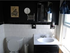 black bathroom with white tiles Black Painted Walls, Dark Walls, Pink Tiles, White Tiles, White Sink, Bathroom Red, Black Bathrooms, Bathroom Ideas, Bathroom Tiling