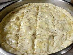 Κιμαδόπιτα !!! ~ ΜΑΓΕΙΡΙΚΗ ΚΑΙ ΣΥΝΤΑΓΕΣ 2 Kitchen Seating, Feta, Mashed Potatoes, Cheese, Cooking, Ethnic Recipes, Pizza, Whipped Potatoes, Kitchen