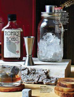 Cute mason jar cocktail shaker