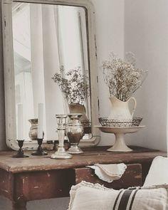 Livingroom #brocante #shabby #sisustus #jdl #linen #antique #antiikki #koti #vanha #olohuone by brocantewinck