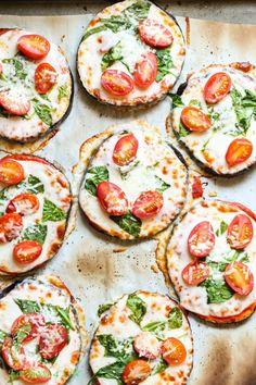 ¡Pizzas de berenjena! | 22 formas de convertir básicamente cualquier comida en pizza