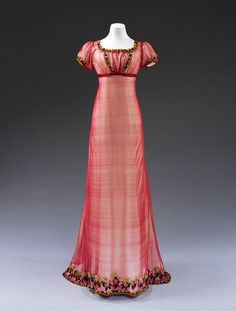 Evening dress ca. 1810 From the V&A