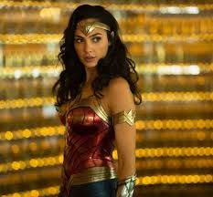 Gal Gadot Keeps Things Casual In Jeans And A T-Shirt With 'freedom . Gal Gadot keeps things casual in jeans and a t-shirt with 'Freedom wonder woman in jeans - Woman Jeans Wonder Woman Film, Gal Gadot Wonder Woman, Wonder Women, Wonder Woman Cosplay, Superman Wonder Woman, Robin Wright, Chris Pine, Marvel Dc, Captain Marvel