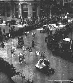 Esta foto corresponde a la primera cabalgata de Madrid y fue portada del diario  ABC    día 5 de enero de 1928