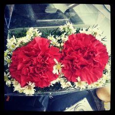 Así me recibieron en la #radio hoy.  Gracias Alvaro Angulo. #LaTertulia #flores #instafoto_ve #instaphoto #belleza #instalike