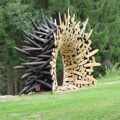 This would make an interesting small scale ceramics sculpture. Sculpture by Korean artist Jaehyo Lee Installed Arte Sella, International Meetings Art Nature, Trentino, Italy. via scoop Outdoor Sculpture, Outdoor Art, Wood Sculpture, Garden Sculptures, Sculpture Ideas, Metal Sculptures, Abstract Sculpture, Bronze Sculpture, Land Art