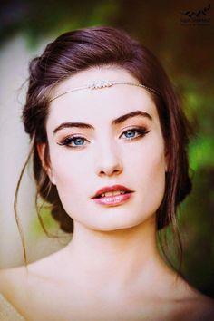 #WeddingHairDown Boho Headpiece, Headpiece Jewelry, Bridal Headpieces, Bridal Jewelry, Bridal Shoes, Boho Jewelry, Silver Jewelry, Costume Jewelry, Silver Ring