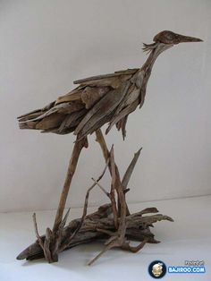 Most Amazing Driftwood Sculptures (17 Photos)