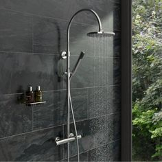 Aria Round Head Shower Riser System £149