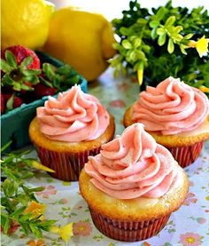 Recipe Favorite: 6 Lemonade Cupcakes recipes