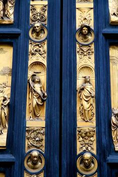 East doors, or Gates of Paradise, by Lorenzo Ghiberti Ravenclaw, Door Knockers, Door Knobs, Florence Baptistery, Lorenzo Ghiberti, Susanoo, Gold Aesthetic, Unique Doors, Kirchen